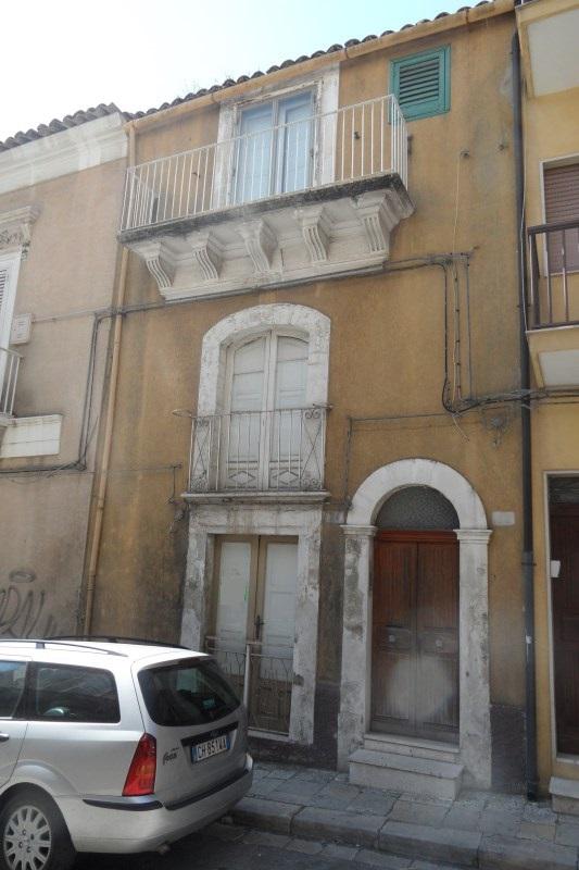 Ragusa, Casa Singola Zona Centro vicino Chiesa Ss. Salvatore