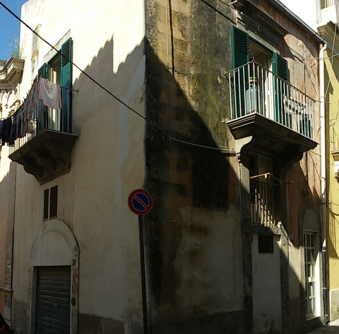 Casa indipendente – Piazza San Giovanni