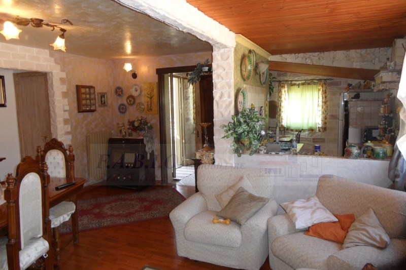 Ragusa – Appartamento disposto su due Livelli – Zona Salesiani