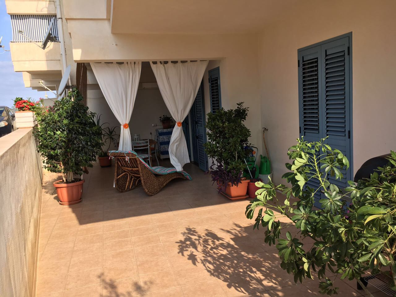 Casuzze – Appartamento con Veranda, di Recente Costruzione