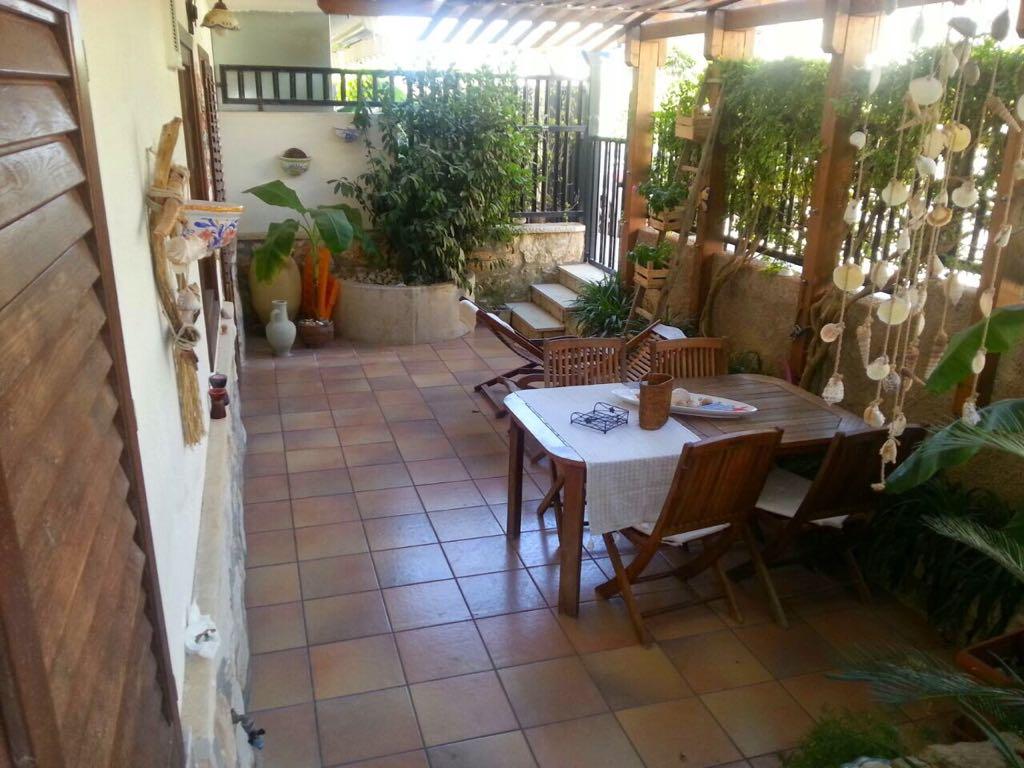 Marina di Ragusa – Santa Barbara Appartamento Ben Rifinito con Veranda