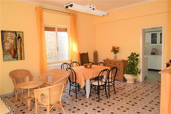 Ragusa zona via archimede appartamento piano attico - Ragusa immobiliare ...
