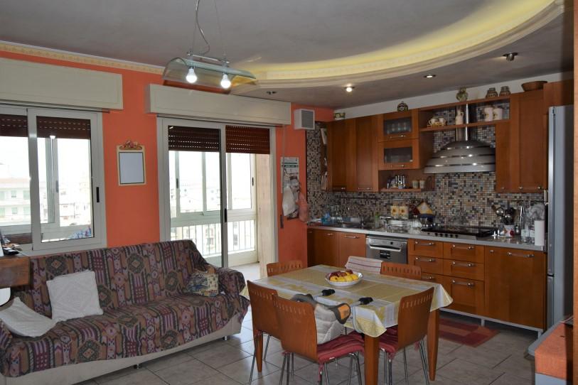 Ragusa – Via Carducci,  Luminoso Appartamento 115 mq.