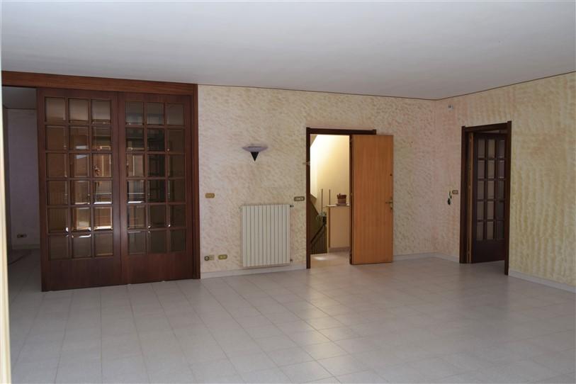 Ragusa – Appartamento Mq. 110 buone condizioni Piccolo condominio