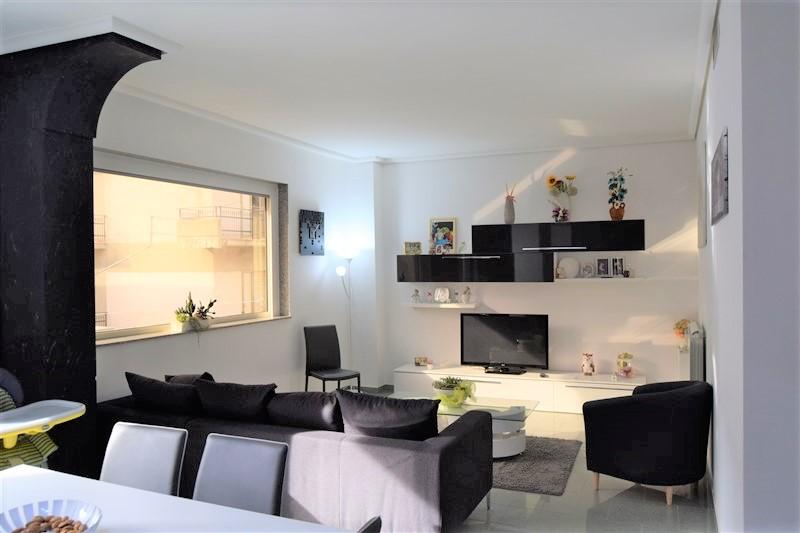 Ragusa – Appartamento con Garage – zona Viale dei Platani