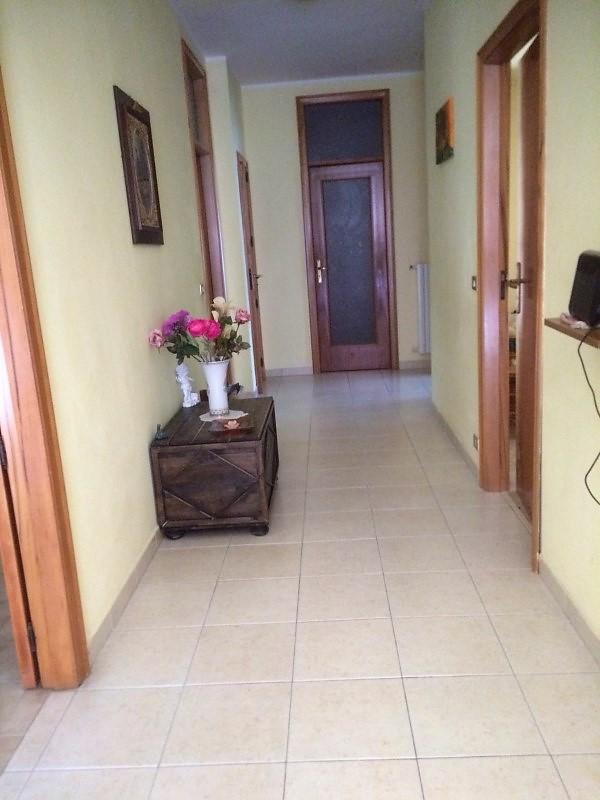 Ragusa – zona Ricovero, Appartamento Piano Terra Rialzato con Ingresso Autonomo.