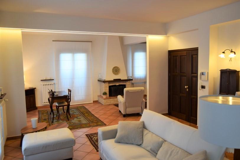 Ragusa, via Carducci – Appartamento Duplex Ben Rifinito con Ampie Verande