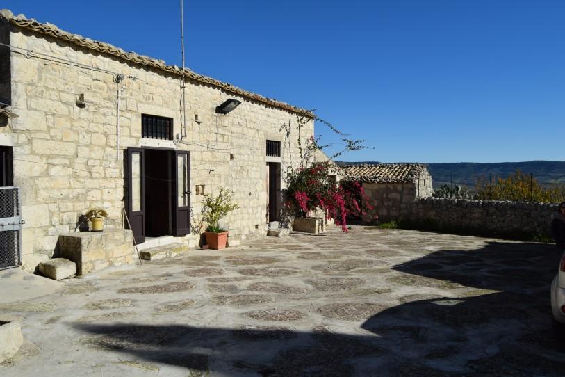 San Giacomo – Caseggiato Rurale