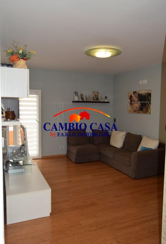 Ragusa, Appartamento con Garage zona Selvaggio