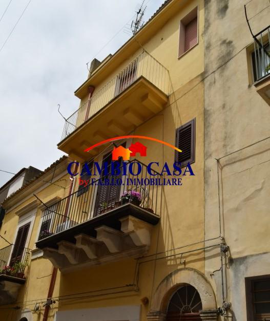 Ragusa, Appartamento duplex, Indipendente, zona Via Ecce Homo