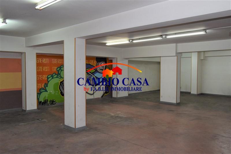 Ragusa – Garage/Magazzino mq. 120 – via Risorgimento.