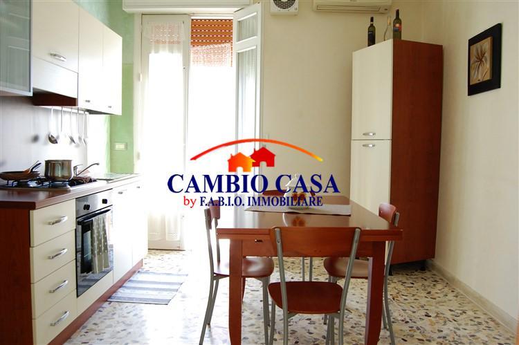 Ragusa – Casa indipendente con Garage zona Piazza Cappuccini