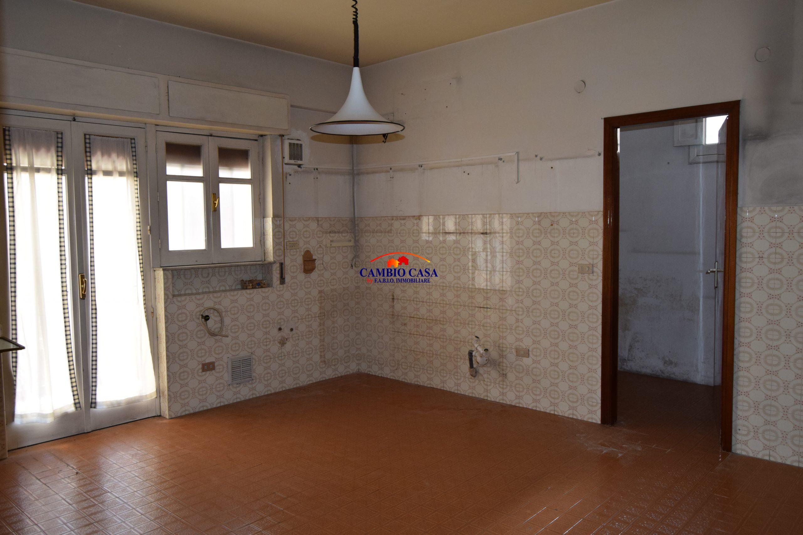 Ragusa, Via Risorgimento – Appartamento con Garage