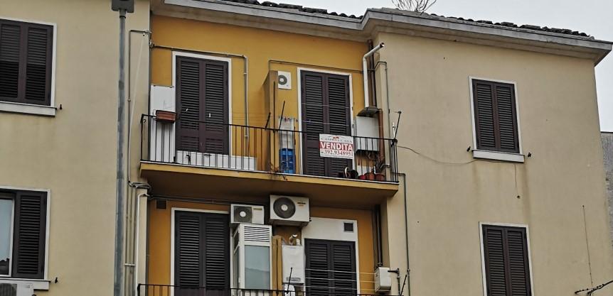 Appartamento in Vendita zona via Carducci