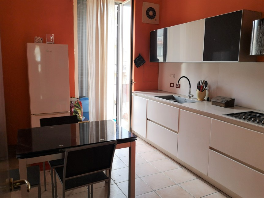 Cucina Abitabile - Appartamento in Vendita zona via Carducci Ragusa (2)