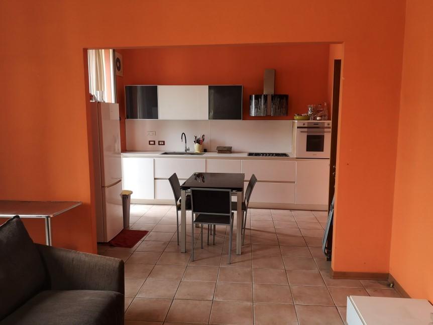 Soggiorno - Appartamento in Vendita zona via Carducci Ragusa (2)