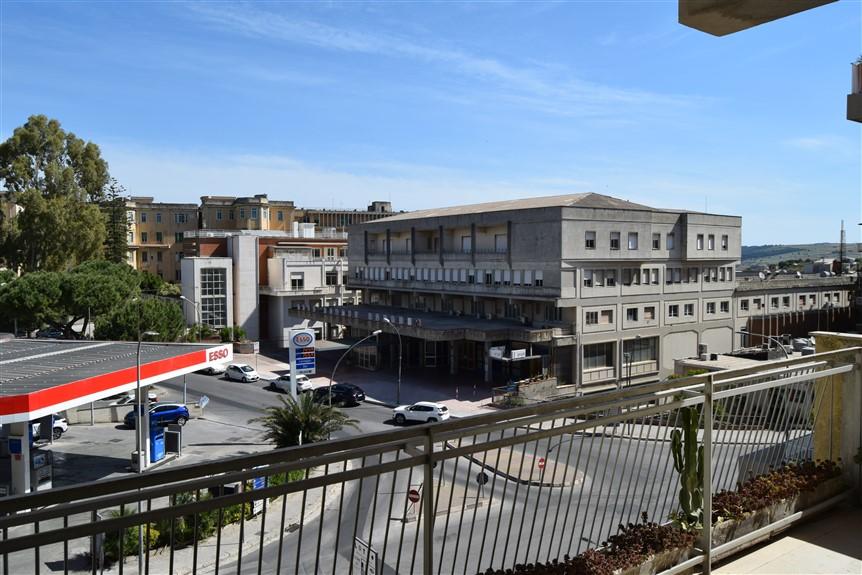 Ragusa, F.A.B.I.O. IMMOBILIARE, Appartamento in Vendita via Risorgimento (1)