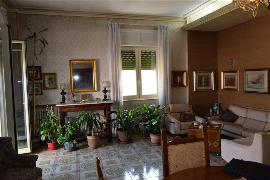 Ragusa, F.A.B.I.O. IMMOBILIARE, Appartamento in Vendita via Risorgimento (7)