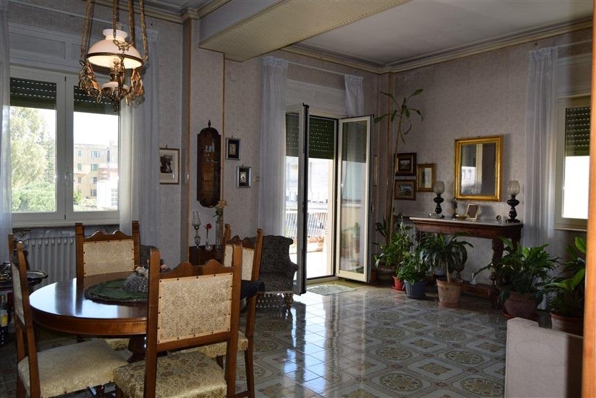 Ragusa, F.A.B.I.O. IMMOBILIARE, Appartamento in Vendita via Risorgimento (8)